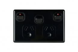 Double Powerpoint with Extra Switch 10A | Slimline Black